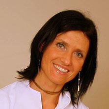 Karmen Verhovec, dr. dent. med., specialist čeljustne in zobne ortopedije | Zobozdravnik | Ortodont
