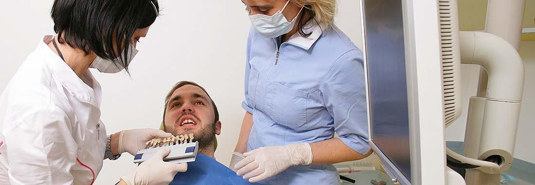 Izkušeni zobni tehniki