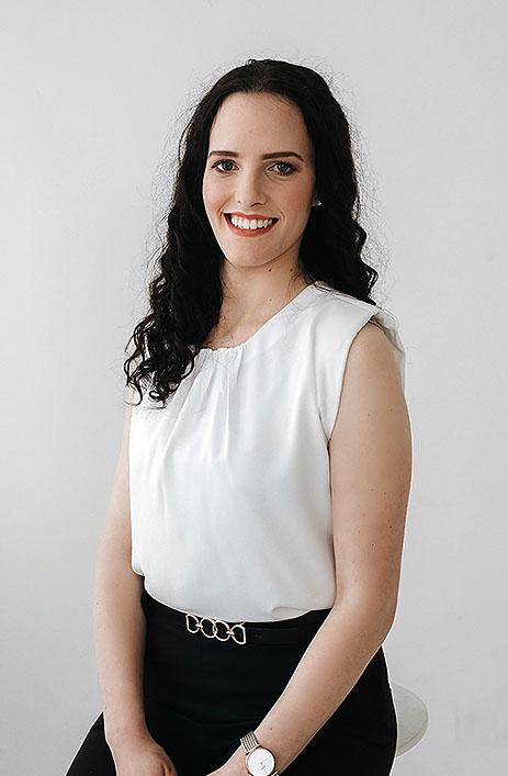 Julija Repovž   študentka laboratorijske zobne protetike
